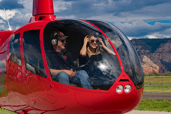 girl-cockpit-guidance-air-sedona